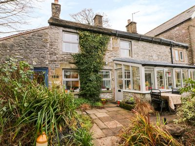 Photo for IVY COTTAGE, pet friendly in Earl Sterndale, Ref 999512
