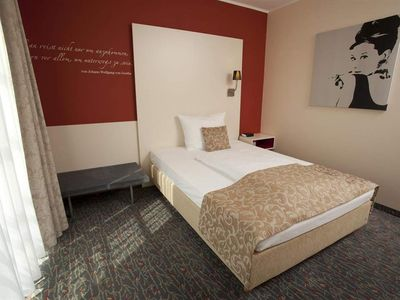 Photo for Single Room Early Booking Rate - Best Western Hotel Quintessence Forum