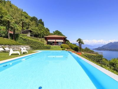 Photo for Superb villa with pool and amazing views on Lake Maggiore - RENOVATED!