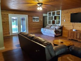 Photo for 3BR House Vacation Rental in Elizabethtown, Illinois