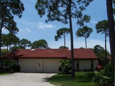 Photo for Paradise found! Heated Pool, Tennis Courts, Jacuzzi, Close to Siesta Key Beach