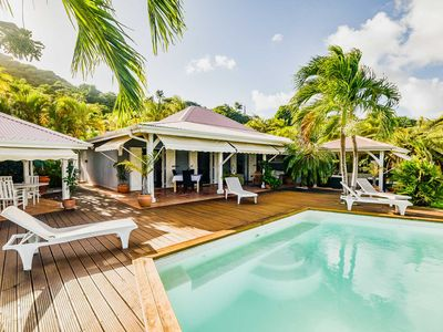 Photo for LARGE VILLA WITH SWIMMING POOL - FEET IN THE WATER - FACING THE ILETS OF FRANCOIS