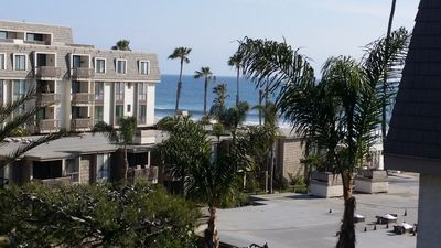 Photo for 7/13-18:$995+tx/fees! OCEANVIEW renovated end/corner unit BBQ/wifi/boogie boards