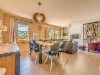 Photo for Apartment Champagny-en-Vanoise, 3 bedrooms, 8 persons