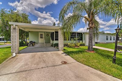 A quiet Sunshine State getaway awaits at this Auburndale vacation rental home!