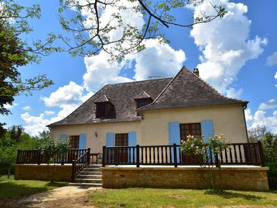 Photo for Holiday home with garden with fruit trees near Villefranche-du-Périgord (4 km)