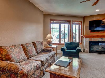 Photo for Studio on Main Street with an outdoor pool & hot tubs - close to skiing!