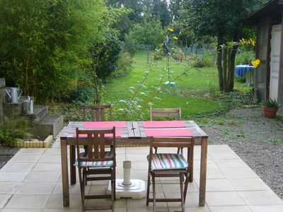 coin repas au jardin - Dining corner in the garden