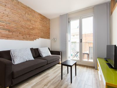 Photo for Urban Charming Gracia apartment in Gràcia with WiFi, air conditioning & balcony.