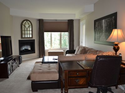 Photo for Upgraded Condo on 2 Golf Courses. Sleeps 6. WiFi, Pool & Hot Tub.
