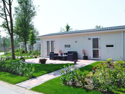 Photo for Vacation home Type A in Velsen-Zuid - 4 persons, 2 bedrooms