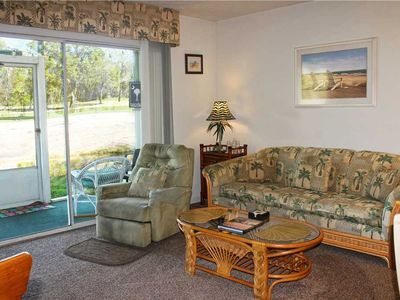 Photo for Lake view condo! Free WiFi, Washer/Dryer