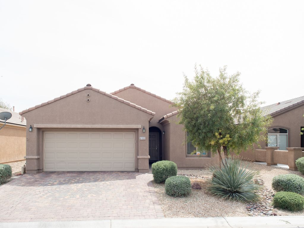 Private Home with Double Garage ~ Private Golf Course Community