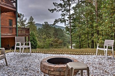 The outdoor fire pit is ideal for stargazing and roasting marshmallows!