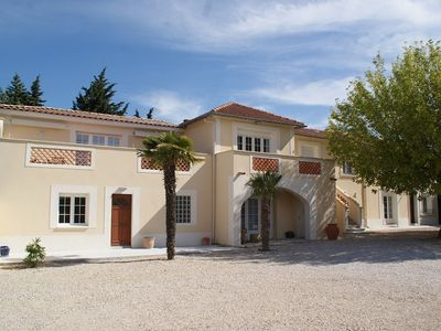Photo for Annex provencal farmhouse with garden and private pool and heated
