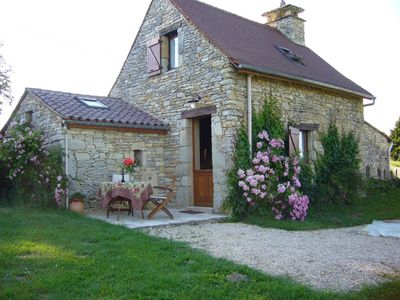 Photo for Ideal couple old bread oven 2/3 pers in pleasant place, pool near Sarlat