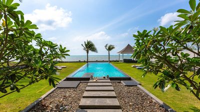 Photo for Villa Cao: 3BDR On the Beach Ko Samui