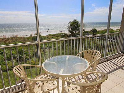 Photo for Two Bedroom Beach Front Condo, Sanibel Surfside 126