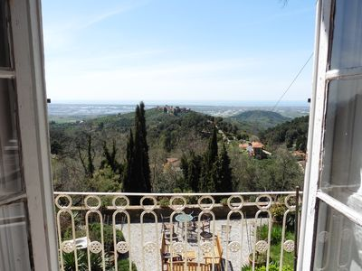 Photo for Charming villa with stunning sea views