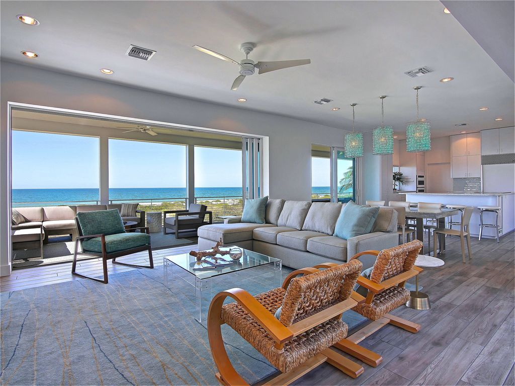 Family Room Looking Out To Beach
