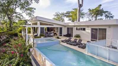 Photo for 4 Master Suites in Modern, Private Villa with Pool