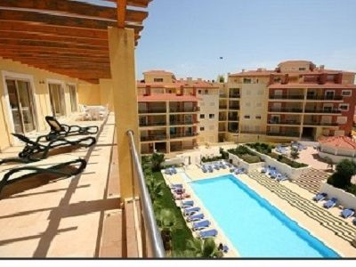 Photo for Spacious Well Appointed Penthouse Apartment Near To Marina And Town Centre