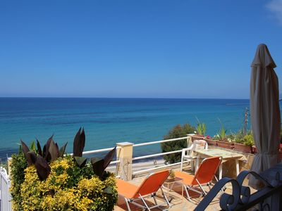 Photo for Perfect located holiday house, directly at the sea, unique sea view, 3 persons |