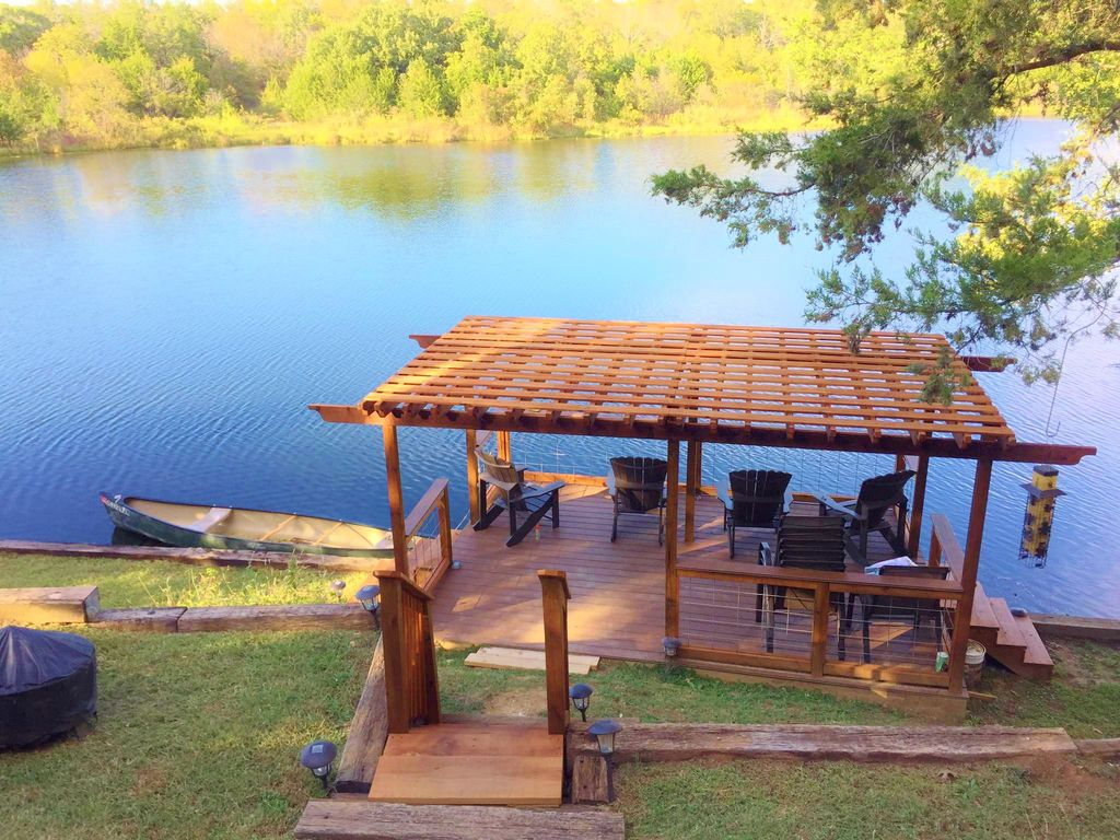 Amazing lake view water front golf sw vrbo for Lake texoma cabins with hot tub