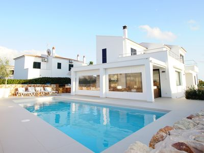 Photo for Stunning 4 bedroom villa with sea views, wifi & air con.Close to beach & resort.