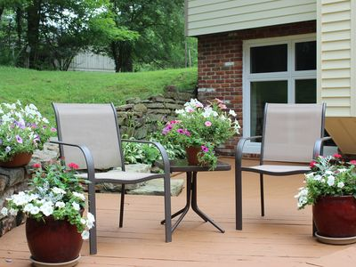 Private & Quiet Apartment, Sleeps 4, 1 Mile from Shops/State Park