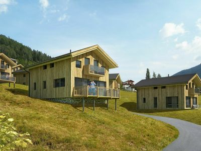 Photo for Luxury, detached chalet with sauna, next to the ski lift