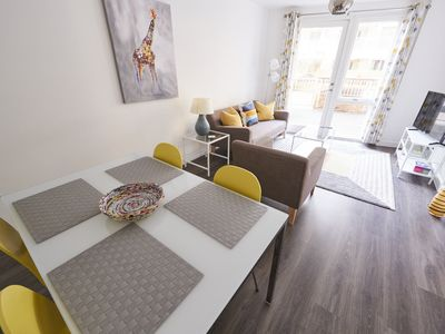 Photo for Modern Central Maidenhead Apartment