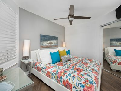 Photo for WOW!TOP FLOOR/ OCEAN VIEW /PET FRIENDLY/KING BED