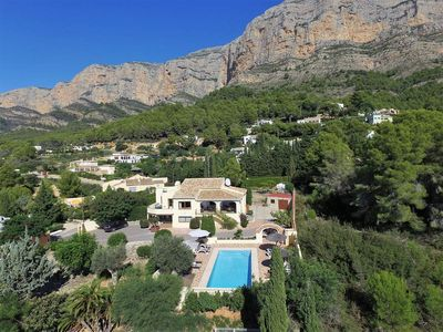 Photo for Luxury 4 bedroom, 3 bathroom villa, large private pool with stunning views