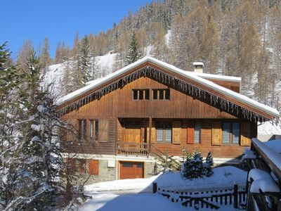 Authentic chalet La Plagne 15 or 18 pers. Slopes / Chair lift at 150m, Sauna-Wifi,