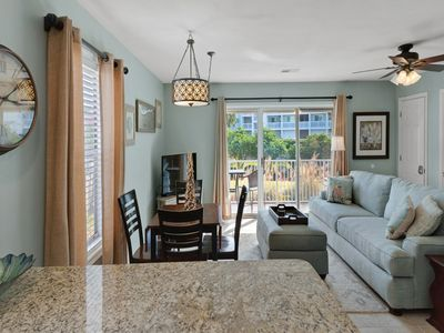 Photo for Eclectic 1st floor condo w/ WiFi, smart TV, shared pools and tennis courts