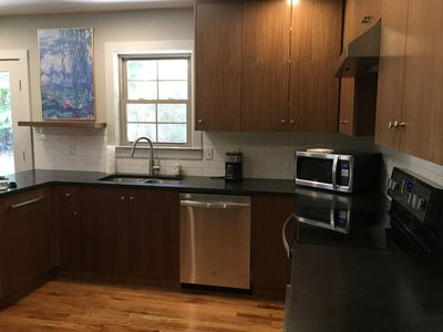 Photo for Spacious Home Close To Gsp Airport And Downtown Greenville