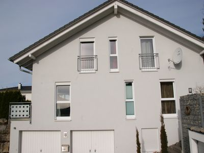 Photo for Modern 4-star holiday home in a quiet area in the center of Traufgänge, Wlan