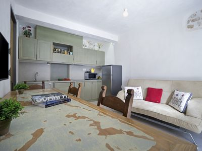 Photo for Evans House - Seaside One Bedroom Luxurious Apartment