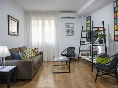 Photo for Original apartment in the historic center. Wifi. Optional private garage