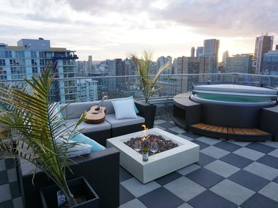 Photo for Unbelievable Downtown Luxury Penthouse Suite 3901 License #18-589114