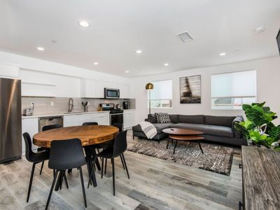 Photo for Miracle Mile Apartment, Sleeps 6 with WiFi