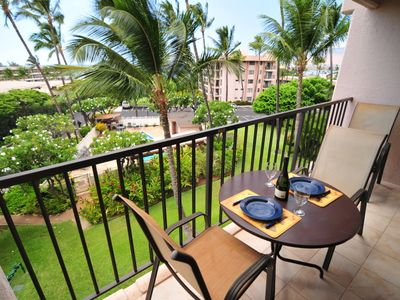 Kihei Akahi D313 - Enjoy trade breezes and views from the lanai of D313!