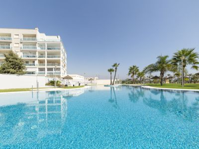 Photo for Roquetas de Mar Apartment, Sleeps 4 with Pool, Air Con and Free WiFi