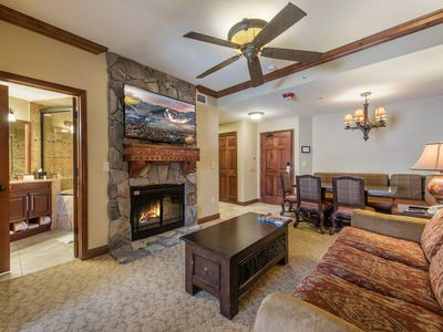 Photo for 1-Bedroom Ski-in/Ski-out Luxury Condo at Canyons Village with Full Kitchen