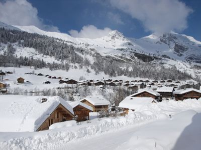Photo for Down the slopes, traditional 5-star chalet with all mod cons