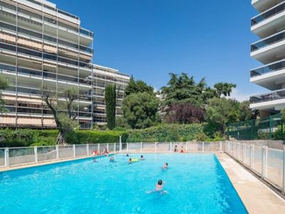 Photo for cosy studio apartment 5min away from the beach