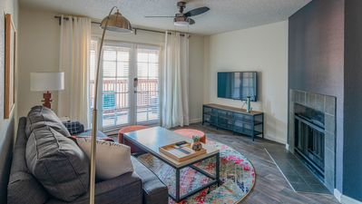 Photo for WanderJaunt | Altair | 2BR | North Scottsdale