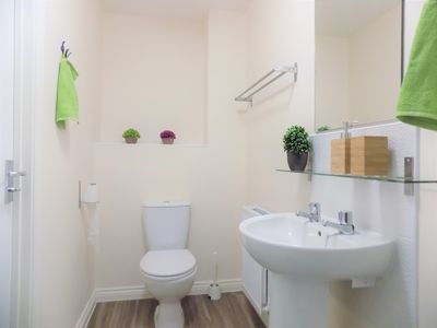 Photo for Student 10% off★Refurbished Ensuite Double Bedroom