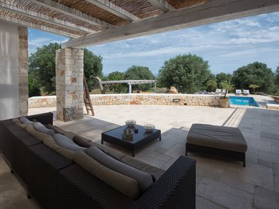 Photo for Private Villa with WIFI, A/C, private pool, TV, patio, panoramic view, parking, close to Ostuni